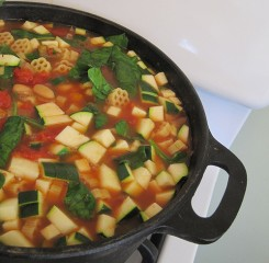 Trim Healthy Mama-friendly recipe: Minestrone Soup